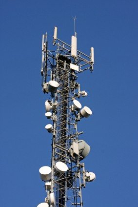 When to buy cell phone - a cell phone tower